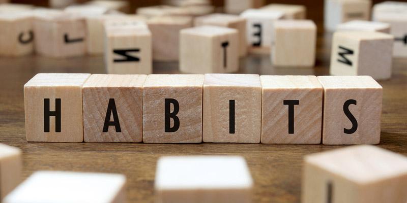 مقاله عادتهای کارآفرینان موفق | عادتها می توانند ارباب مردمان ضعیف اما برده اشخاص قوی باشند | علی خادم الرضا مدرس و مشاور کارآفرینی و توسعه کسب و کار