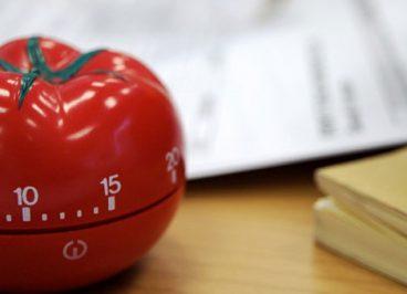 به کارگیری فن پومودورو برای افزایش بهره وری در مدیریت زمان | تکنیک پومودورو بهره وری کاری و عادت های مطالعه | علی خادم الرضا مدرس و مشاور کارآفرینی
